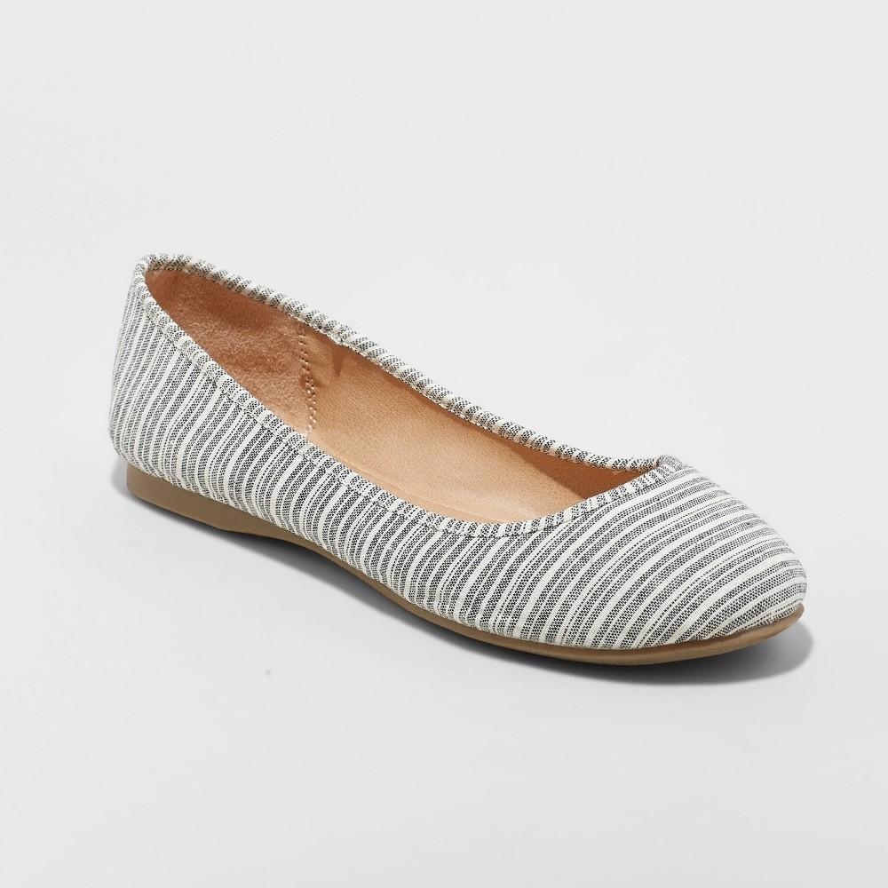 Women's Alisa Wide Width Closed Toe Ballet Flats - Universal Thread Blue 8W, Size: 8 Wide