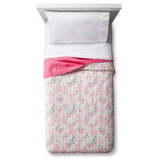 Full/Queen Fetching Florals Quilt - Pillowfort™