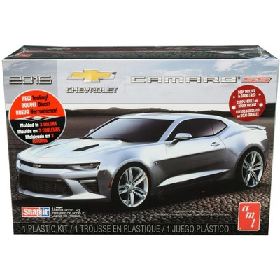 Skill 1 Snap Model Kit 2016 Chevrolet Camaro SS 1/25 Scale Model by AMT
