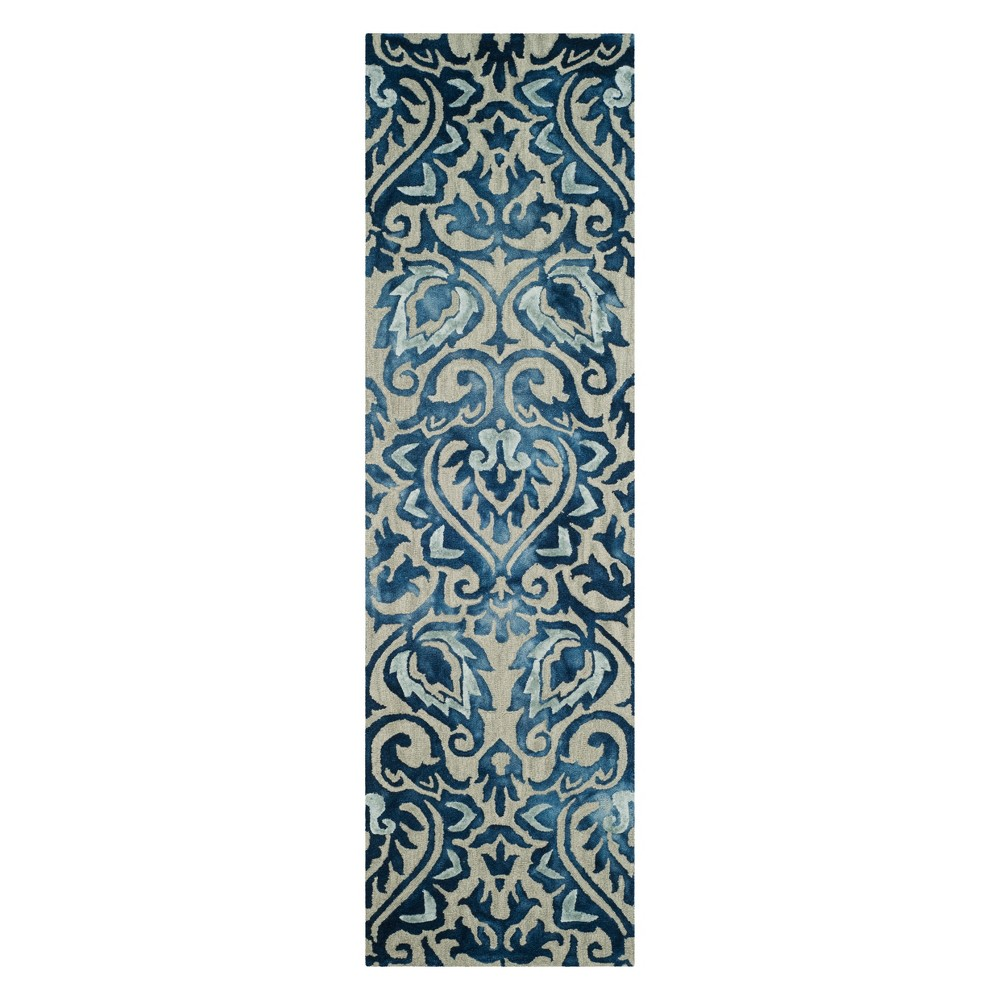 2'2X8' Damask Tufted Runner Royal Blue/Beige - Safavieh