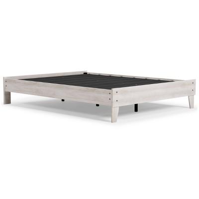 Queen Shawburn Platform Bed White/Dark Charcoal Gray - Signature Design by Ashley