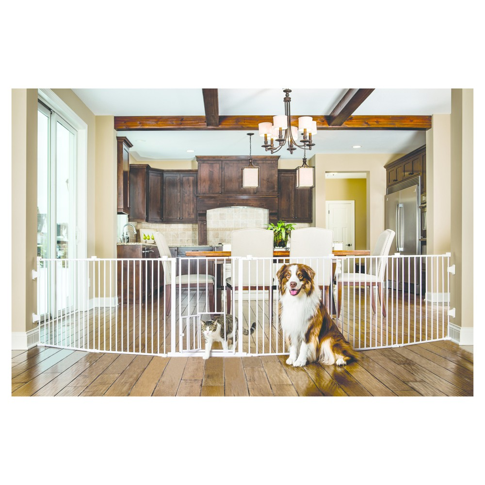 Carlson Dogs Wide Angle Mount Configurable 144 Gate and Play Yard - White