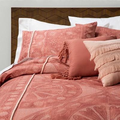 Jessamine Pom Trimmed Comforter Set Rose - Opalhouse™