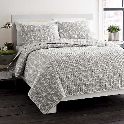 City Scene Puzzle Mini Quilt Set - Gray/White (Full/Queen)