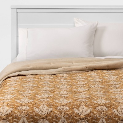 Threshold™ Velvet Warm Gold Print Quilt