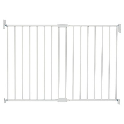 Munchkin® Extending Metal Gate Tall & Wide Baby Gate