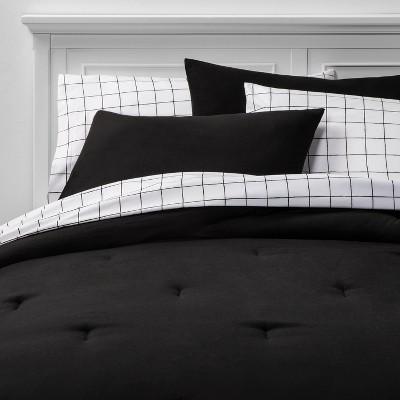Full 7pc Solid Bedding Set Black - Room Essentials™