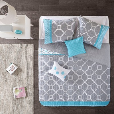 Sarah Coverlet Set