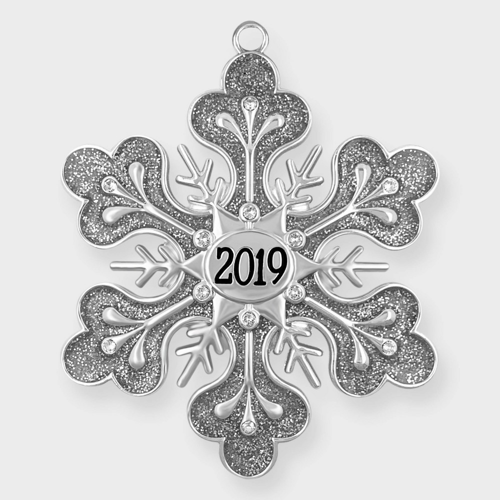 Image of Crystals from Swarovski - Harvey Lewis - 2019 Snowflake Ornament, Silver