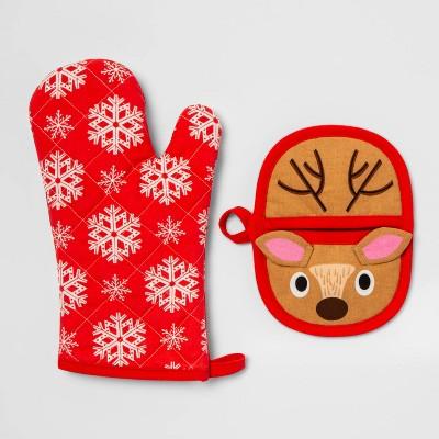 Reindeer Snowflakes Pot Holder an Oven Mitt Set Red - Wondershop™