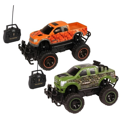 NKOK RealTree - RC Ford F-150 SVT Raptor & Ford F-250 Super Duty 2-Pk - 1:24 Scale - image 1 of 4