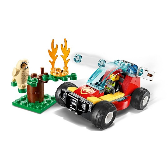 LEGO City Forest Fire Firefighter Building Set 60247 image number null