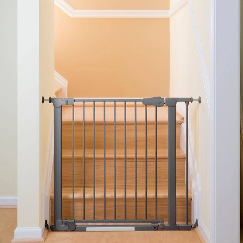 Qdos AutoClose SafeGate Baby Gate - Pressure Mount - image 1 of 4