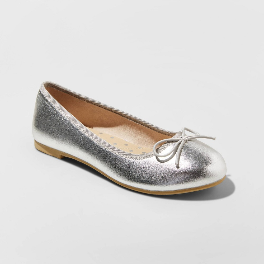 Image of Girls' American Girl Stacy Ballet Flats - Cat & Jack Silver 2, Girl's