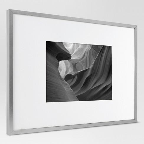 Metal Single Image Frame with Acid-Free Mat 11x14\
