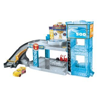 Disney Pixar Cars Florida 500 Racing Garage Playset