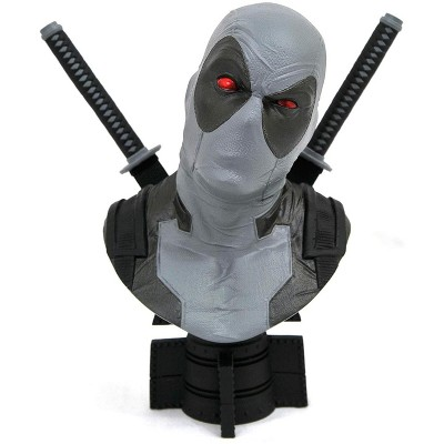 Diamond Select Marvel Legends In 3D Exclusive 1/2 Scale Bust   X-Force Deadpool