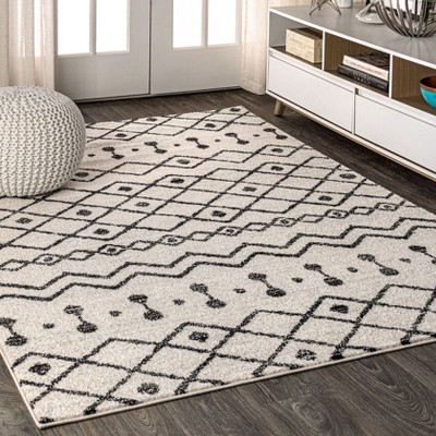 3'x5' Rectangle Loomed Trellis Area Rug Black - JONATHAN  Y