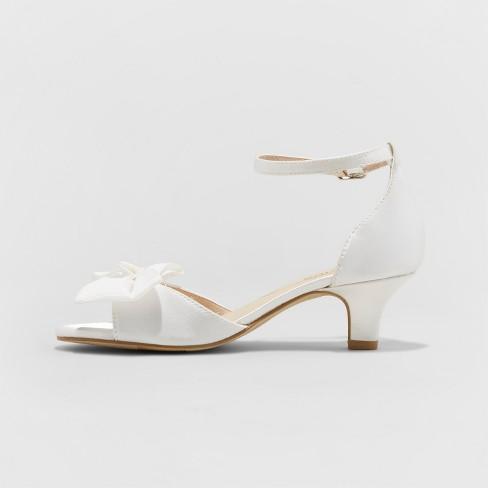 7547d3cd447 Girls  Stevies  SHOOTINGSTAR Dressy Ankle Strap Sandals - White   Target