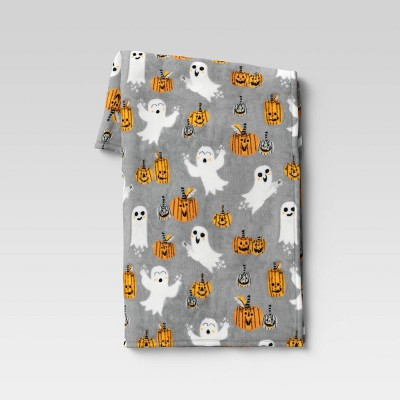 """50""""x60"""" Ghost and Pumpkin Plush Throw Blanket Gray - Hyde & EEK! Boutique™"""