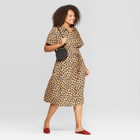 Women\'s Plus Size Animal Print Short Sleeve Collared Midi Shirtdress