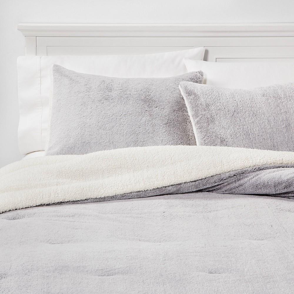 Image of Twin/Twin Extra Long Aspen Faux Fur Comforter & Sham Set Gray