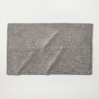"21""x34"" Looped Bath Rug Gray - Casaluna™"