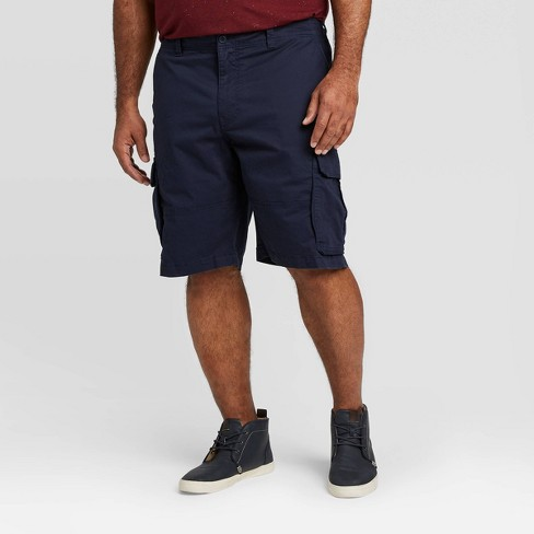 "Men's Big & Tall 11"" Cargo Shorts - Goodfellow & Co™ - image 1 of 3"