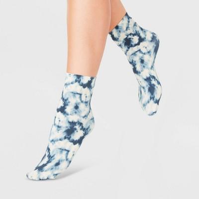 Women's Tie-Dye Anklet Socks - A New Day™ Blue/White 4-10