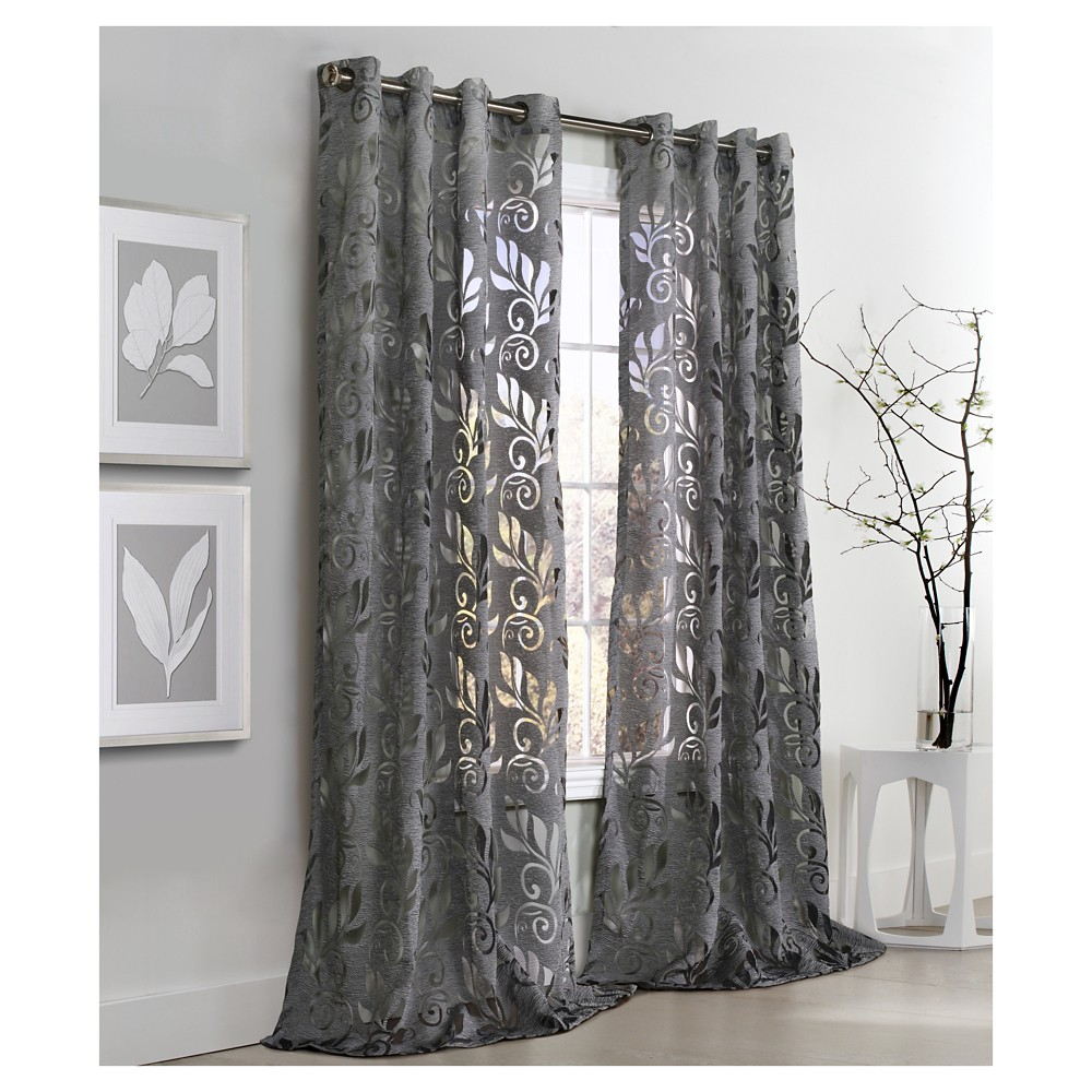 Image of Amelia Grommet Top Curtain Panel - Silver (50x84)