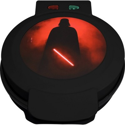 Uncanny Brands - Star Wars Darth Vader Waffle Maker