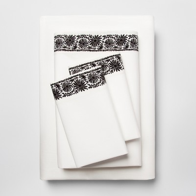 Cotton Percale Print Sheet Set (Queen)Black Border - Opalhouse™