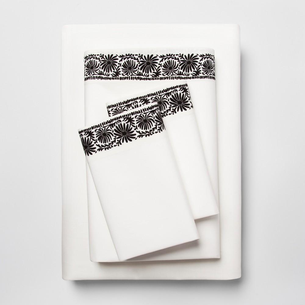 Cotton Percale Print Sheet Set (King) Black Border - Opalhouse