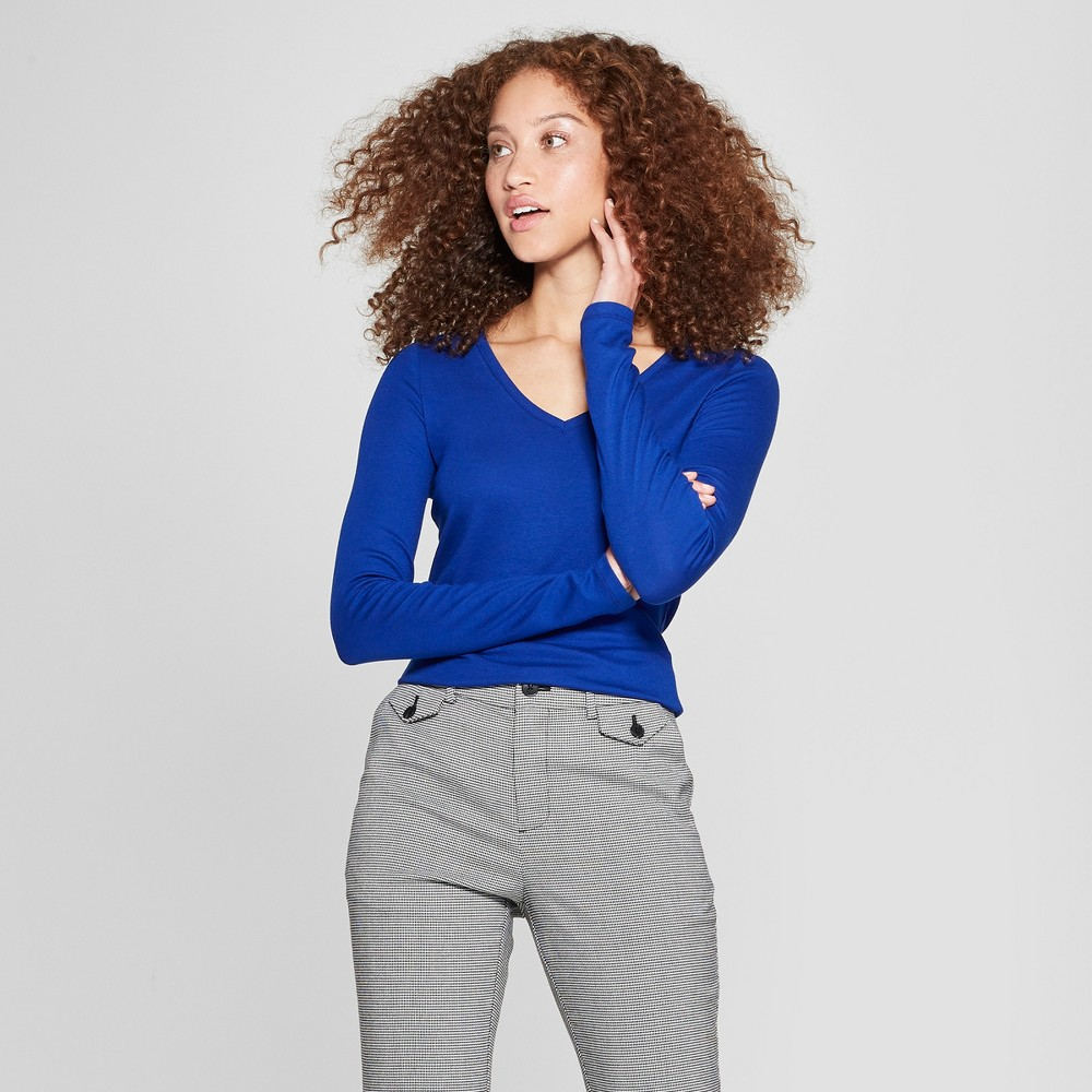 Women's Long Sleeve V-Neck T-Shirt - A New Day Blue M