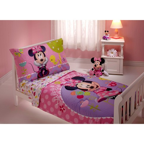 Minnie Mouse Toddler 4 Piece Bed Set Multicolor - image 1 of 1