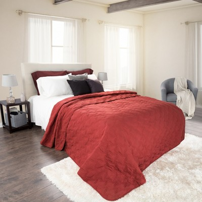 Red Solid Color Quilt (King)- Yorkshire Home®