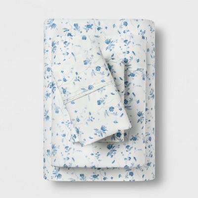 King 400 Thread Count Floral Print Cotton Performance Sheet Set White/Blue Floral - Threshold™