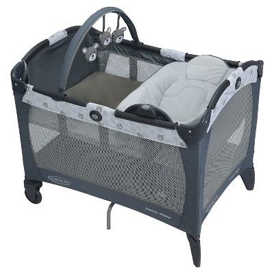 Graco Pack 'n Play Playard with Reversible Napper and Changer - Kodiak