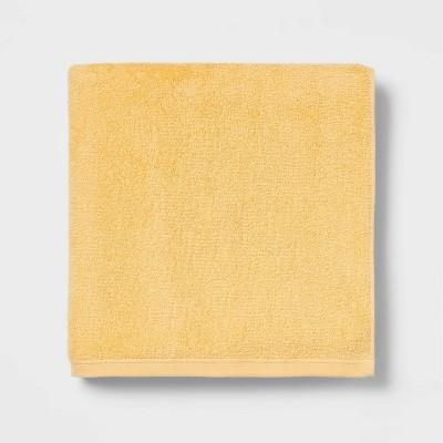 XL Everyday Bath Towel Yellow - Room Essentials™