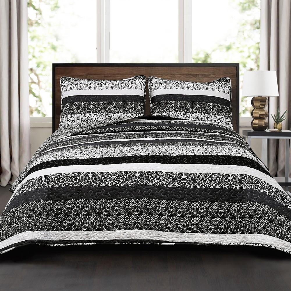 Black & White Boho Stripe Quilt Set (King) - Lush Decor, Black/White