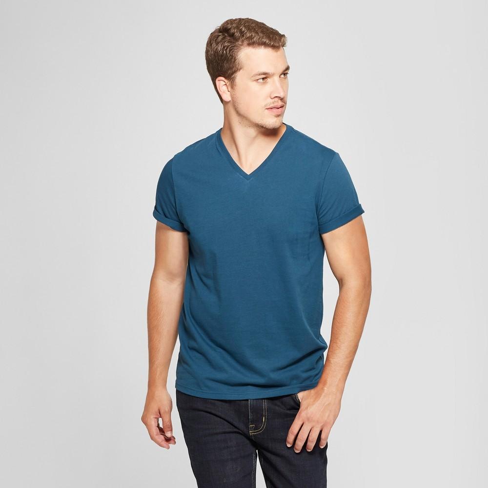 Men's Standard Fit V-Neck Short Sleeve T-Shirt - Goodfellow & Co Thunderbolt Blue M