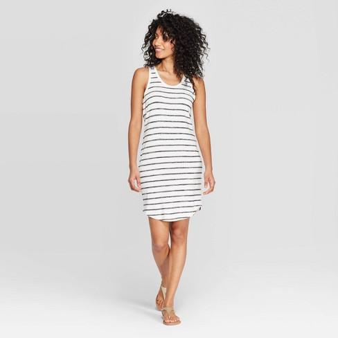 e2641301974b9 ... to venture out in public. 😜This (non-maternity) beauty from #Target is  under $25, a great stretchy material, and saving my life right now as temps  ...