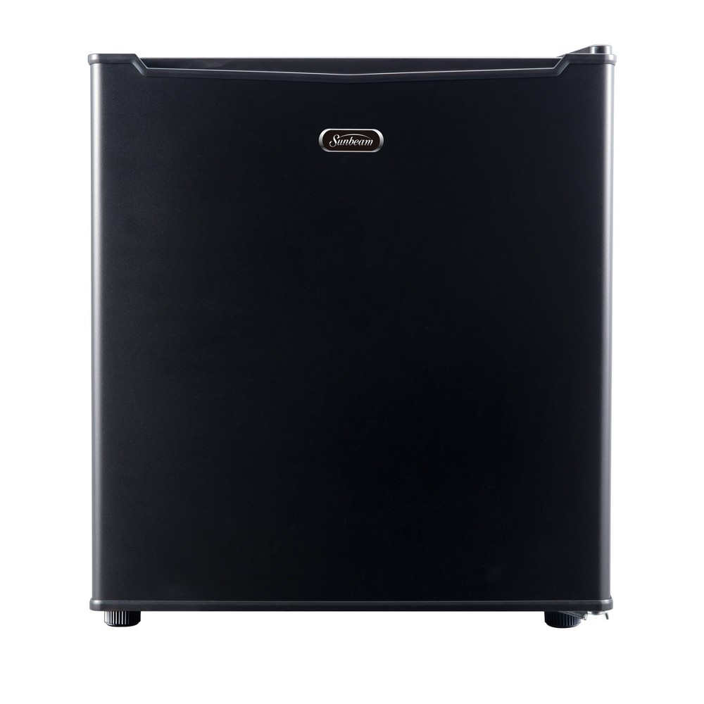 Sunbeam 1.7 cu ft Mini Refrigerator - Black REFSB17B With its compact size, this Sunbeam mini refrigerator is the perfect addition to any dorm room or office space. This unit includes a coated wire slide out shelf, as well as a 1/2 width freezer compartment. The convenient reversible door allows you to open the refrigerator from either the left of the right side, making the best use of space in a tight area.