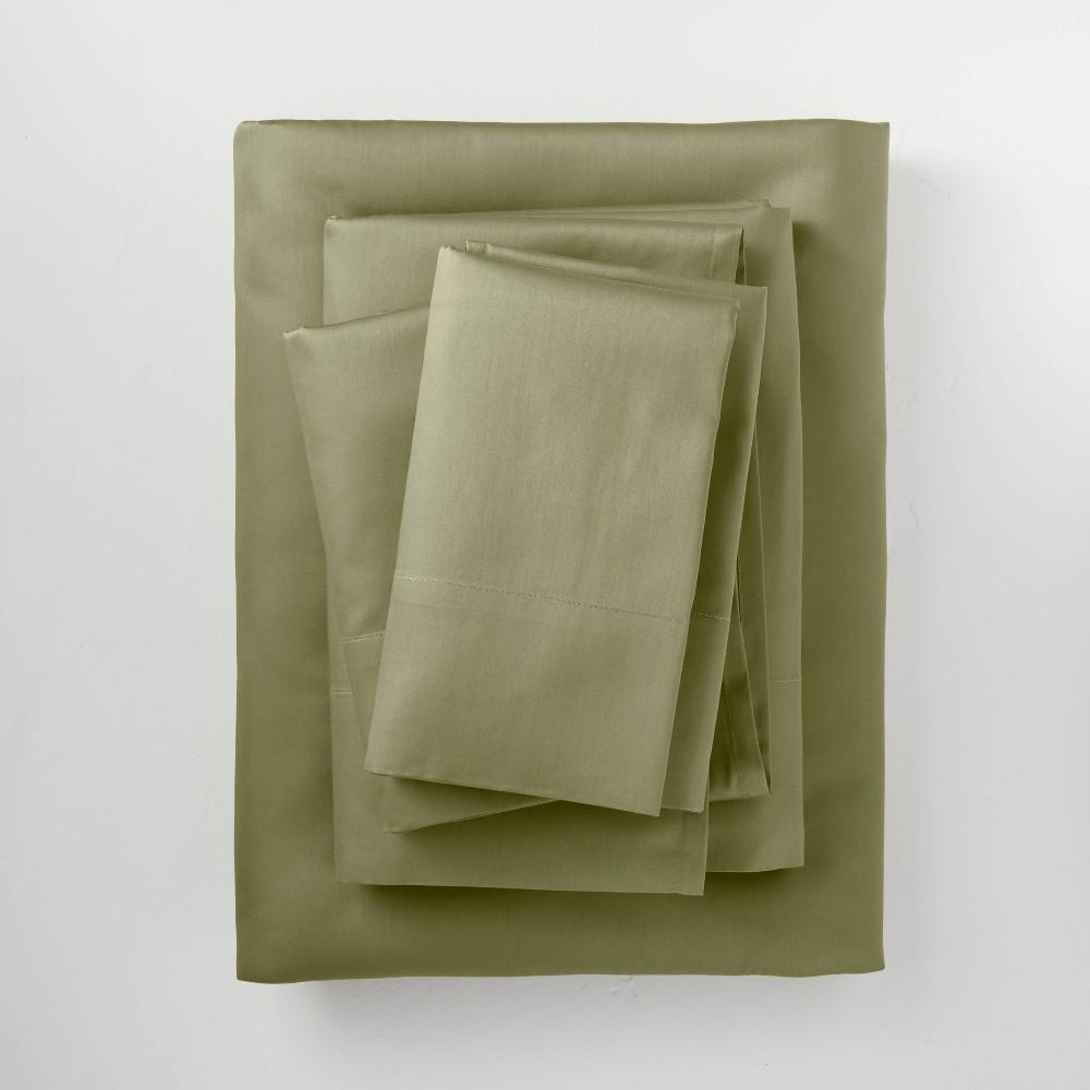 Full 300 Thread Count Temperature Regulating Solid Sheet Set Moss Green Casaluna 8482