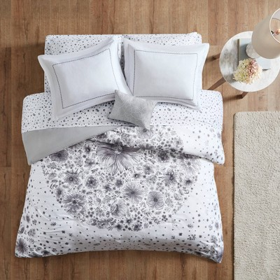 Lucy Comforter and Sheet Set