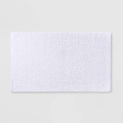 "21""x34"" Textured Bath Mat White - Casaluna™"
