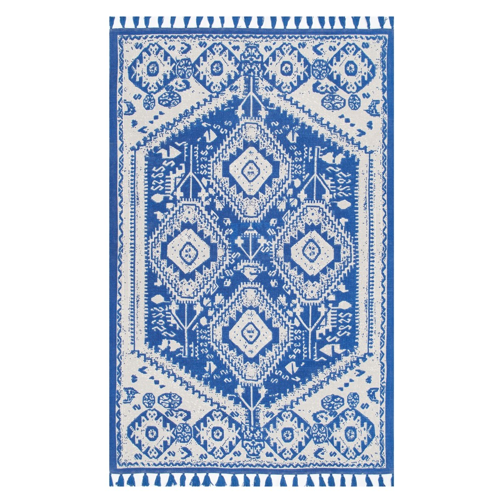 Blue Solid Tufted Area Rug 4'X6' - nuLOOM