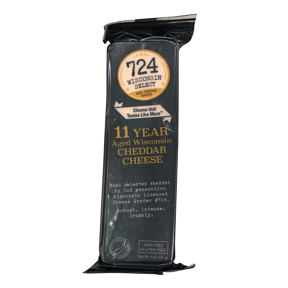 Image of 724 Wisconsin Select 11 Year Aged Wisconsin Cheddar Cheese - 5oz