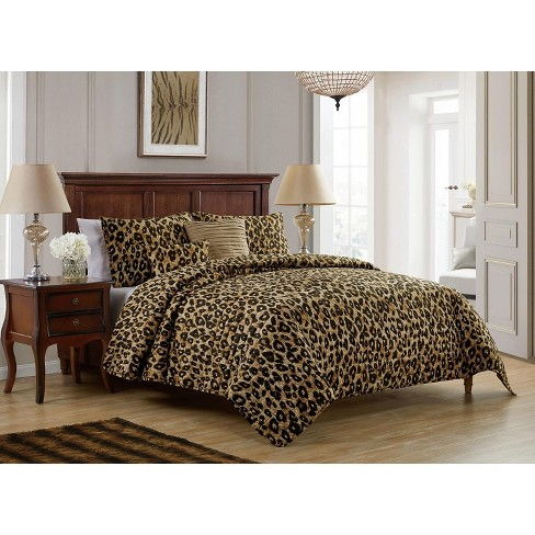 VCNY Home Cheetah Reversible Quilt Set - image 1 of 4