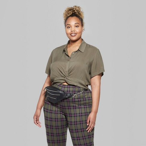 80a6b6bd36624 Women s Plus Size Short Sleeve Twist Front Solid...   Target